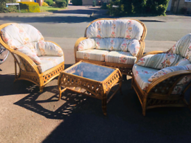 5 piece conservatory furniture - free delivery in Gloucestershire