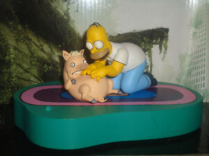 Homer and Pig Play Set