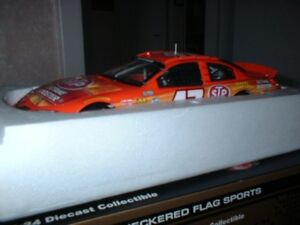 Nascar 1/24 scale diecast Marcos Ambrose