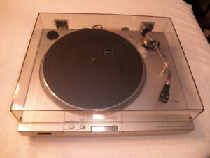 SONY TURNTABLE DIRECT DRIVE PS-T15 and AMP