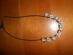 Flower Necklace Cornwall Ontario image 1