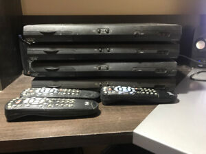 4 Bell 3100 Receiver Box with remotes