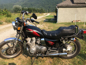 1984 Kawasaki LTD 550 motorcycle for sale, excellent condition