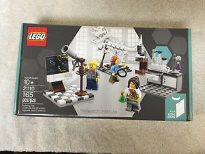 PRICE DROP! LEGO Ideas 21110 Research Institute RETIRED MISB