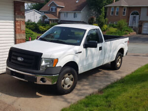 2009 Ford f150 work truck 4x4 with full size box