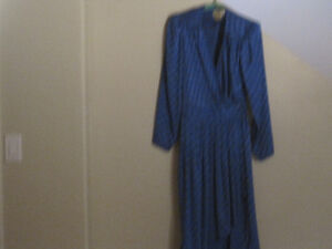 3 Silk Outfits Cornwall Ontario image 2