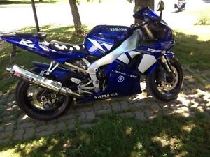 Yamaha YZF R1 à vendre
