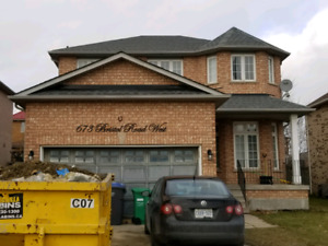 4 Bedroom House Available For Lease in CENTRAL MISSISSAUGA