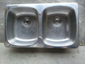 "Double Sink 31 1/4"" x 18"" x 6 1/2""  Stainless Steel 18 ga"