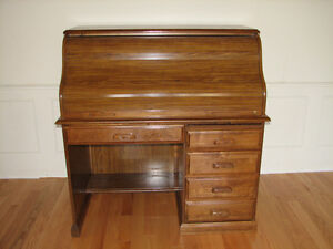 ***  FABULOUS  VINTAGE  ROLL  TOP DESK !!!  ***