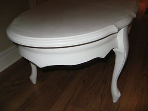 Oval French Provincial Coffee Table Freshly Painted White $65.00 Windsor Region Ontario image 2