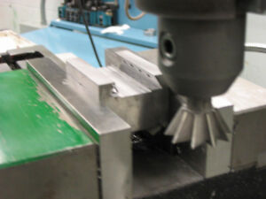 Machinist Courses: Lathe, Milling Machine, Hardening Steel, CNC