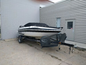Boat Show Special - Ski&Fish Combo Boat REDUCED