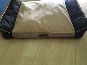 Kong Lounger Dog Bed - Large