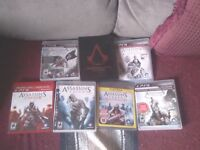 Lot de 6 jeux Assassins Creed avec bonus pour playstation 3 40$