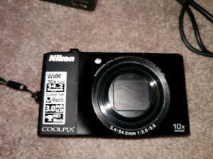Nikon Coolpix s8000 digital camera for sale. 14.2MP