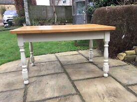 Lovely Pine Kitchen / Dining Table