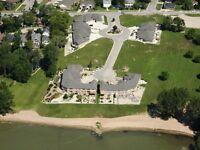EXECUTIVE LAKE ERIE TOWNHOUSE KINGSVILLE