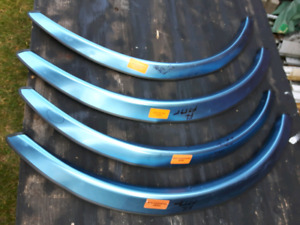 Ford/ Mercury    Stainless Steel wheel well moldings
