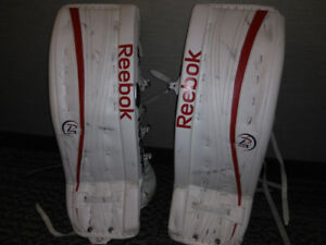 Goalie pads. Like new need to sell
