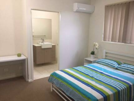 Sunnybank - Room with private en suite- female only