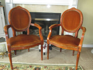 STUNNING! 6 Antique Fauteuil Louis XIV Carved Wood Chairs & Ta