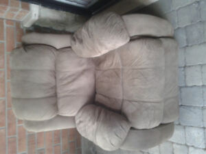 Fauteuil inclinable en microfibre / Recliner chair