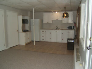 Lwr Sackville - All Included Private Room/Bachelor Apt