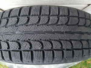 2 Tires for sale Maxtrek Trek M7 185/65R15 with rims for 4 studs
