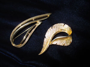 Vintage Sarah Coventry Brooches $5 each