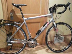Giant OCR touring / cyclocross with disc brakes - 55.5cm
