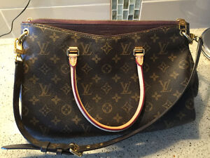 Gorgeous Louis Vuitton Pallas Monogram Quetsche