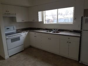 Renovated 3 bedroom townhouse available October 1st