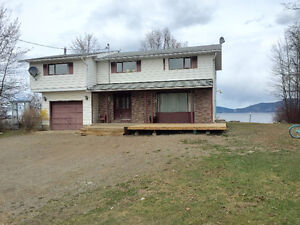 Lakefront home in Fort St James