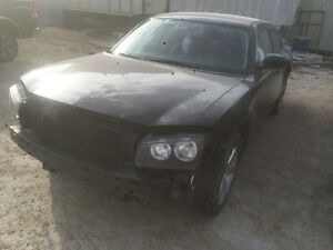 Dodge Charger 2010 - parting out