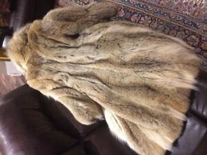 Manteau de fourrure (loup)