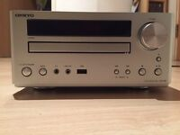 Onkyo DR645 Hifi DVD Sytsem with iPhone Dock
