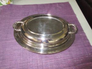 Leonard Silver-Plated Oval Serving Dish Tray Bowl Covered Lid