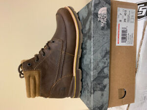 Men's North Face Boot - *brand new*