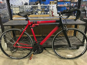 Red Stoneridge 700C Supera 21-Speed Road Bike