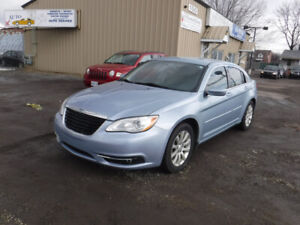 2012 Chrysler 200-Series Sedan CERTIFIED EXCELLENT CONDITION!!!!