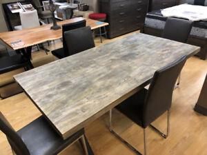 Table de cuisine en bois de manguier massif vieilli 70 x 36