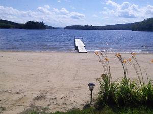 Lac Gagnon outaouais / laurentides LOCATION CHALET A LOUER plage