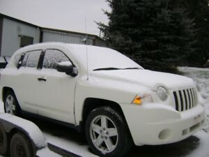 !!  PARTING OUT 2008 JEEP COMPASS 4X4  !!