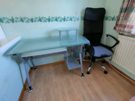 Office style desk & chair