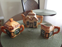 Cottage Tea Pot Set Cute!