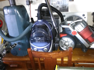 Vacuum's all working 1 bagless others with bags