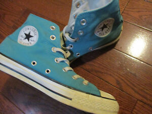 Converse mens size 6 ladies size 8 unisex shoes