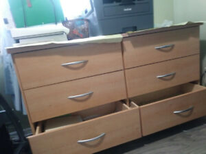 SOLID WOOD DRESSER/CHEST IN mint  CONDITION FOR