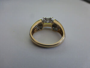 14KT Yellow & White Gold Engagement Ring with appraisal Kitchener / Waterloo Kitchener Area image 3